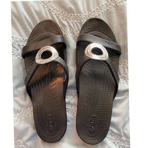 Crocs Black Slide Dress Sandal NWOT Size 11